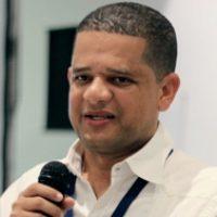 Dr. Juan M. López